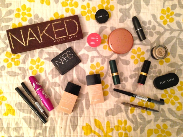 what's in my makeup bag spring break