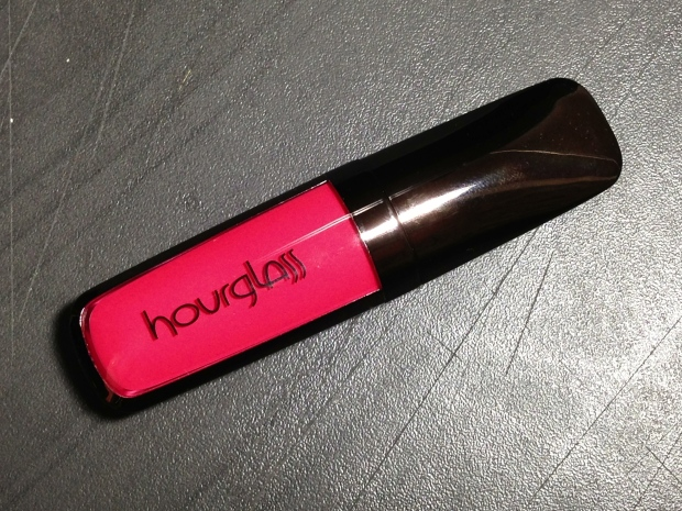 hourglass opaque rouge muse1