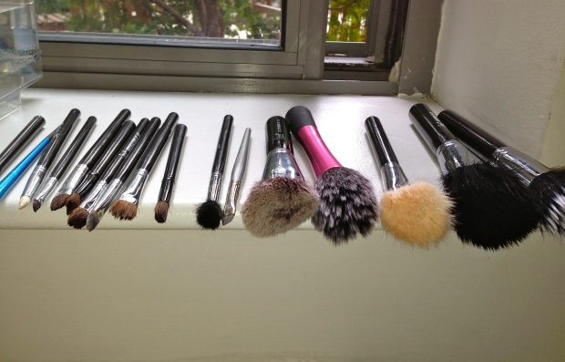 how to wash makeup brushes 3